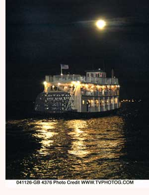 Moonlight-riverboat1