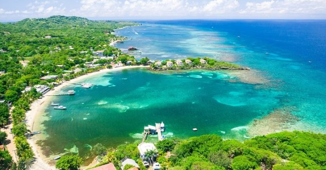 An Exciting And Fun Filled Day In Roatan Island Honduras