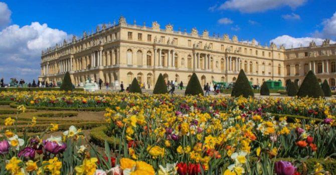 Visiting Palace Of Versailles And Paris