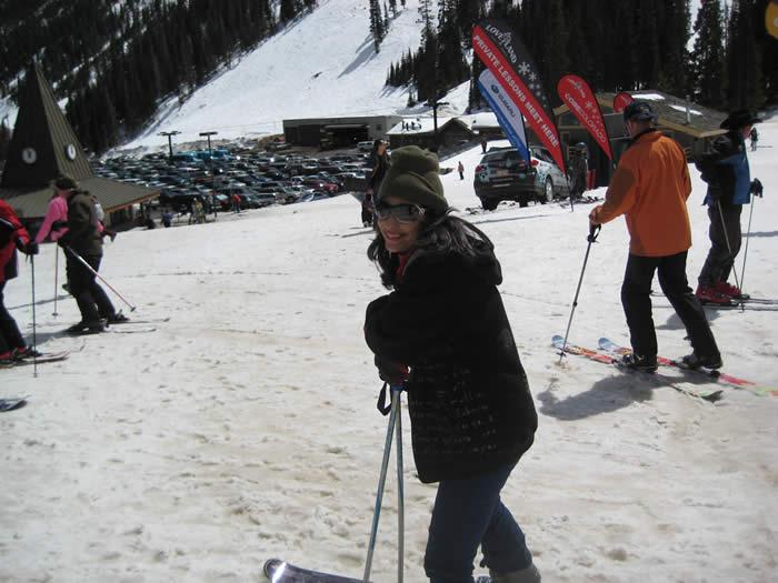 down-the-ski-slopes