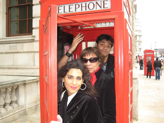 phone-booth-whitehall-london